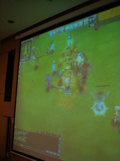 炎龙骑士团游戏特色炎龙骑士团OL 的故事背景发生在单机版...