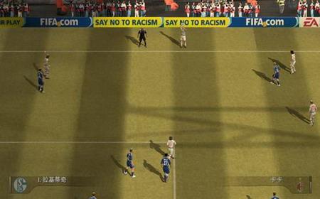 《FIFA Online 2》比赛视角如何设置_05新版首