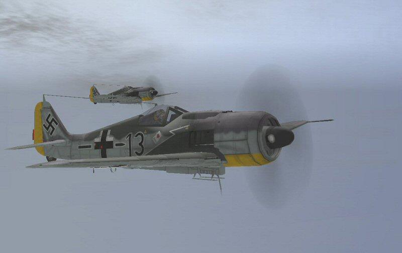 除了玩家可控制的飞机,游戏中还会出现大量的由人工智能所控制的飞机